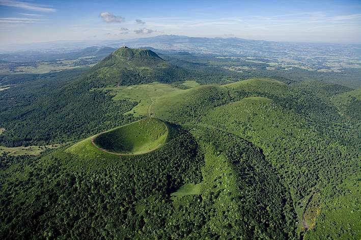 Parc des Volcans d'Auvergne, парк вулканов региона Овернь